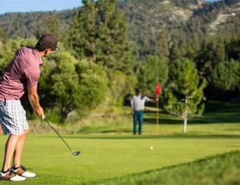 Golfing on the Big Bear Green